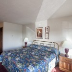 Large bed at Sequim West Inn