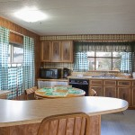 Cottage kitchen at Sequim West Inn